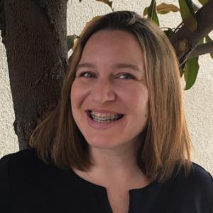 Dera - Financial Coordinator